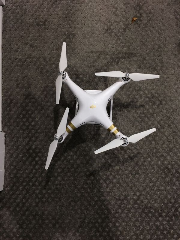 Phantom Pro 3 Drone (everything included) + protective case