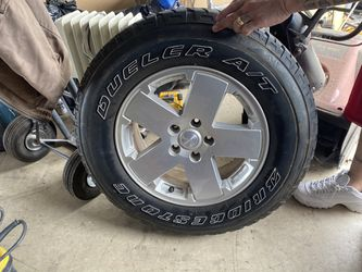 """4 18"""" wheels for a Jeep Wrangler for Sale in Sterling,  VA"""