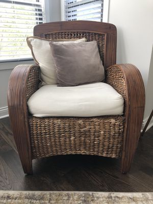 Accent chair for Sale in Chicago, IL