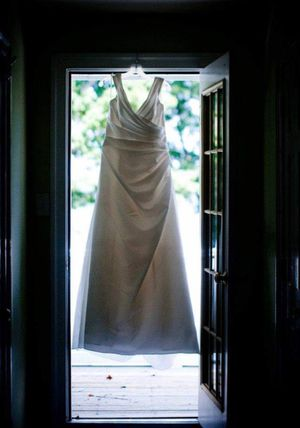 Wedding Dress for Sale in Mechanicsville, VA