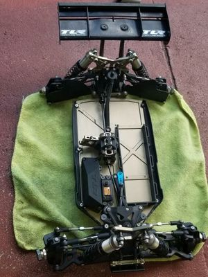RC TRAXXAS/ 1/8 LOSI 4.0 CHASSIS for Sale in Fort Lauderdale, FL
