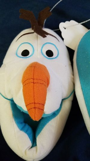 Kids Olaf Slippers size Large, 9/10 for Sale in Columbus, OH