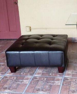 Dark Brown Ottoman for Sale in North Miami, FL