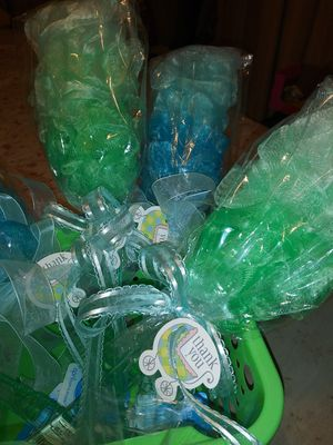 Bath Sponge(11) Total baby shower favors for Sale in Cleveland, OH