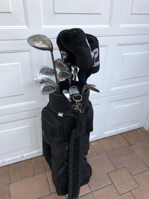Golf clubs set. Galloway / Trakker brands for Sale in Miami, FL