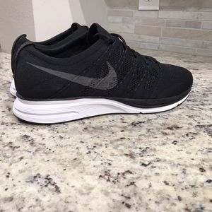 🆕 BRAND NEW Nike Flyknit Trainer Shoes for Sale in Dallas, TX