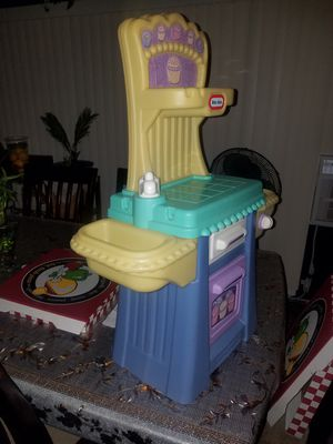 Little tikes toy for Sale in Corona, CA