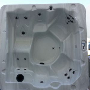 Hot Tub With Lounge!!! for Sale in Ripon, CA