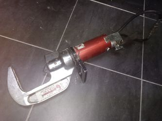 The Jaws Of Life Rescue Tool for Sale in Las Vegas,  NV