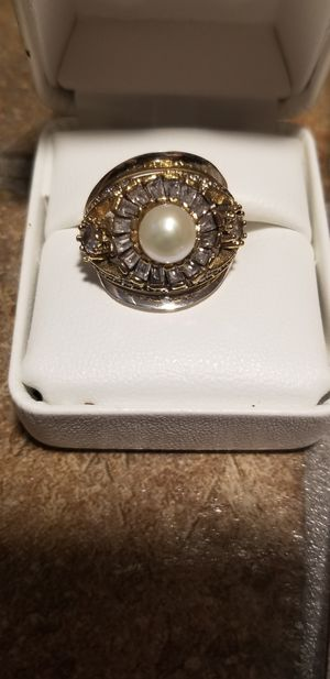 MARVELOUS REAL PEARL WITH TOPAZ STERLING SILVER SET for Sale in Fairfax, VA