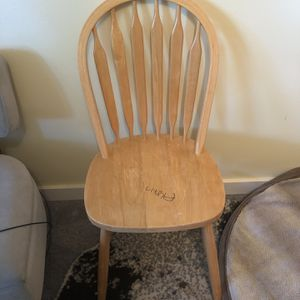 Free Pine Wood Chair for Sale in Maple Valley, WA
