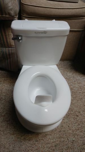 Summer little kids toddler potty training chair for Sale in Minneapolis, MN