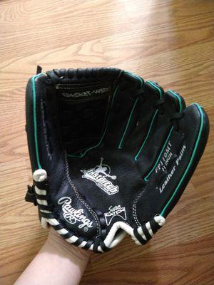 Softball Glove for Sale in San Jose, CA