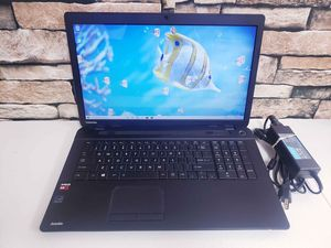 """TOSHIBA SATELLITE C75D-B7300 / 17.3"""" / A8-6410 2.00GHz / 500GB HDD / 6GB RAM / WIN 10 LAPTOP for Sale in Lemon Grove, CA"""