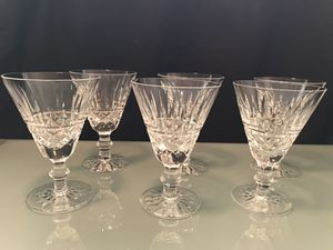 Waterford crystal wine glasses. Set of 6. One glass has tiny little chip. Other than that the glasses are in good condition. for Sale in San Diego, CA