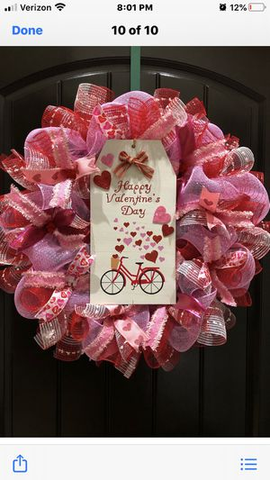 Large Valentine Wreath for Sale in Laredo, TX