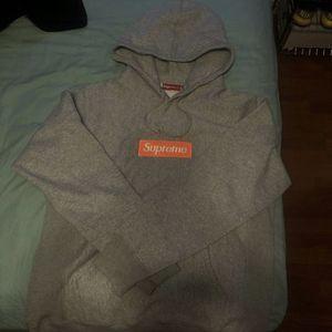 supreme hoodie for Sale in Miami, FL
