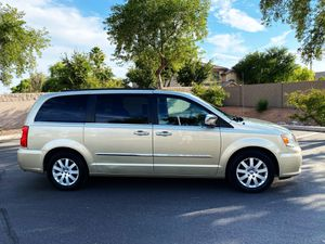 2011 Chrysler Town & Country Minivan for Sale in Gilbert, AZ