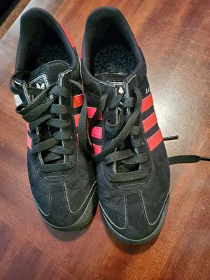 Adidas men size 9 for Sale in Milwaukee, WI