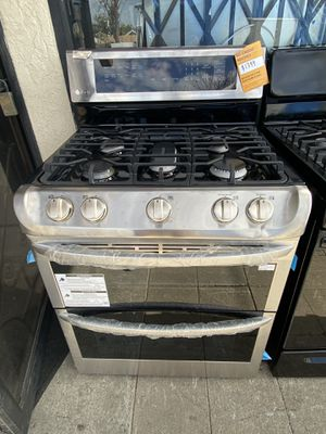 LG 5 BURNER DOUBLE OVEN STAINLESS STEEL for Sale in Riverside, CA