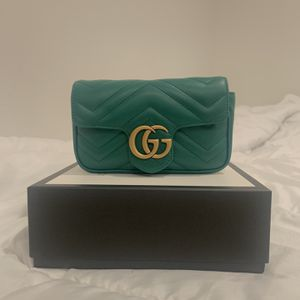 Authentic Green Gucci Super Mini Marmont for Sale in Seattle, WA