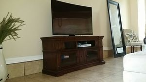 Legends Furniture entertainment center for Sale in Yuma, AZ