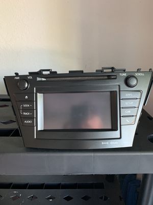 Car stereo for TOYOTA PRIUS V (2012) with navigation & CD player for Sale in Palm Harbor, FL