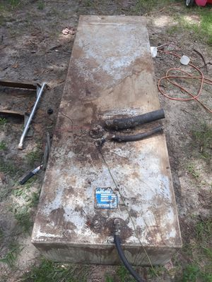 """100 gallon Aluminum Fuel Tank 15"""" H x 22"""" W x 72"""" L for Sale in North Fort Myers, FL"""