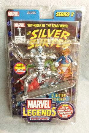MARVEL LEGENDS SERIES 5 SILVER SURFER / HOWARD THE DUCK PLUS COMIC 2003 for Sale in Tampa, FL