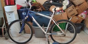 giant Sedina DX 24 speed mountain bike for Sale in San Leandro, CA