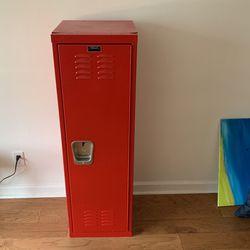 Locker / Cabinet for Sale in Seattle,  WA