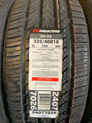 Naugkang ns25 tires for Sale in Gladys, VA
