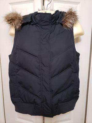 Gap Puffy Vest trim removable hood Med for Sale in Newport News, VA