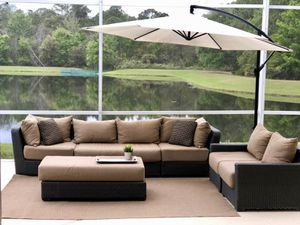 Modular 6-piece Sunbrella Outdoor wicker conversation set for Sale in Orlando, FL