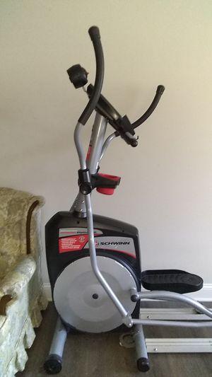 Schwinn elliptical ergonomic 431 biofit comfort system trainer exercise machine for Sale in Burlington, NC