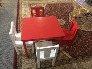 4 chairs and table kids for Sale in Everett, WA