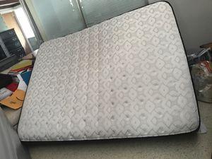 Quien mattress for Sale in Winter Haven, FL