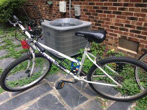 Mountain bike for Sale in Glen Allen, VA