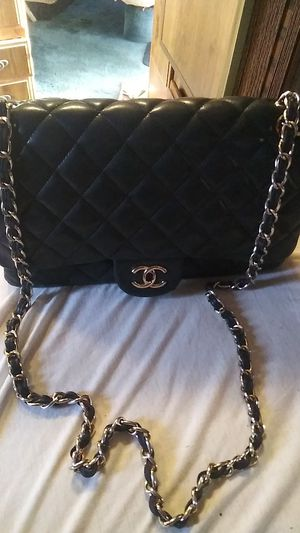 Chanel Purse for Sale in San Fernando, CA