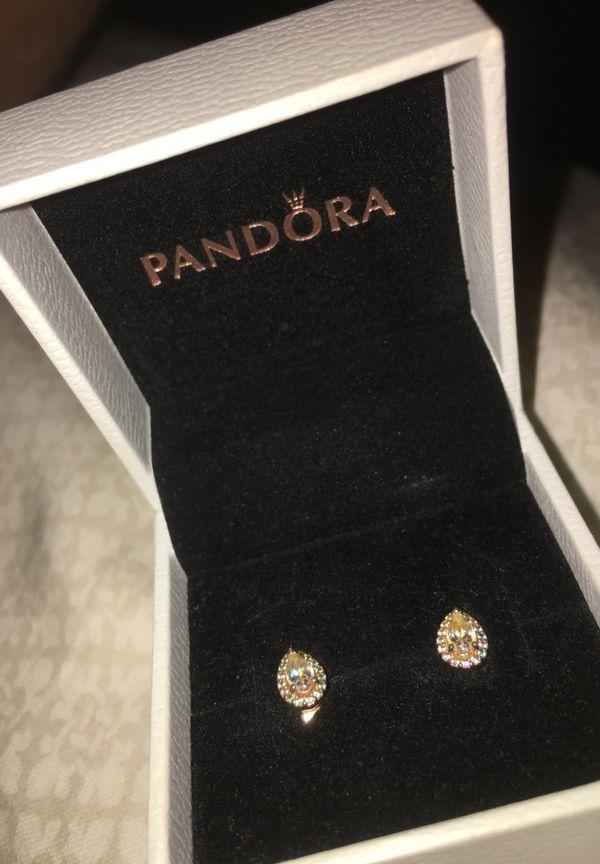 Beautiful Pandora earrings