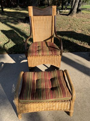 Wicker & Wood Rocking Chair for Sale in Fort Worth, TX