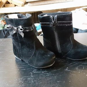 Baby girls boots for Sale in San Antonio, TX