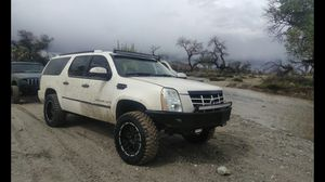 Lifted 4x4 cadillac escalade esv trade for Sale in Pearblossom, CA