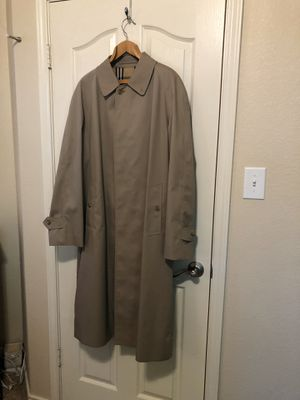 Burberry Trench Coat for Sale in Leander, TX