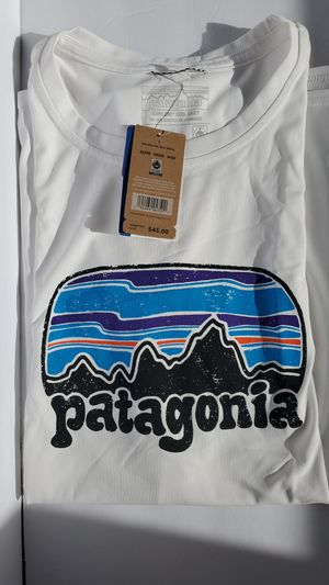 Patagonia Women's Shirt - Large for Sale in Hawthorne, CA