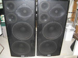 EAW LA325 Pro Audio sound system speakers for Sale in St. Louis, MO