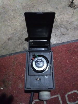 Plug in timer for turning on and off power at preselected times. for Sale in Saint Albans, WV