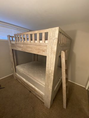 Real wood Full size bunk beds for Sale in Redwood City, CA