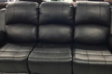 Sofa Loveseat Chair 5 Reclining Leather . Black for Sale in San Leandro,  CA