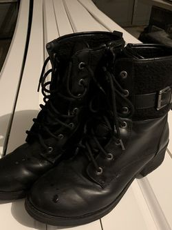 COUGAR Leather Waterproof Boots Women Size 10 for Sale in Canton,  MI